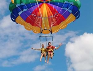 Parasailing activities on Hamilton Island