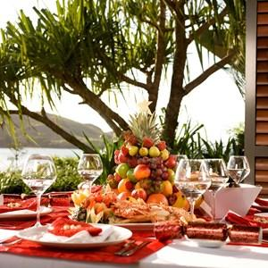 Christmas feast on holiday island, Hamilton Island, one of many great barrier reef resorts celebrating Christmas for those wanting to do so from the Whitsundays resorts.
