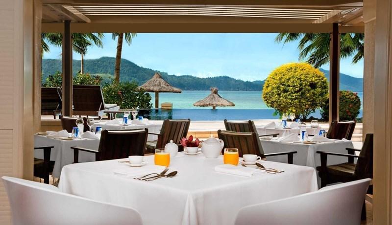 Breakfast at the Beach Club restaurant