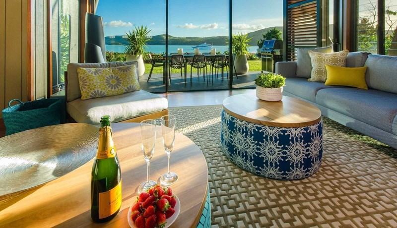 Yacht Club Villa 8 on Hamilton Island