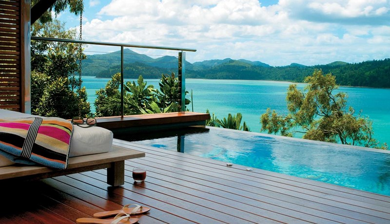 Private plunge pool and deck within qualia's Windward Pavilions