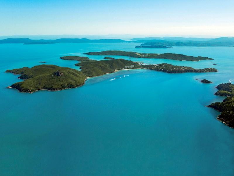 Explore the Whitsundays by air - Hamilton Island resort
