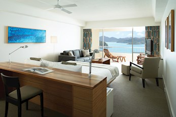 King Coral Sea View Room