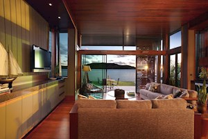 Yacht Club Villas waterfront accomodation on Hamilton Island
