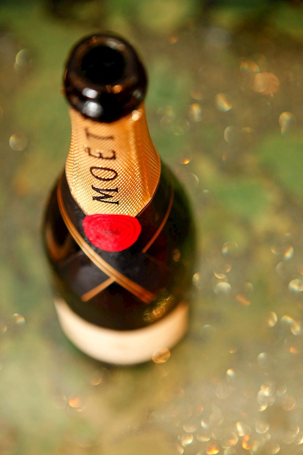 Celebrate your special events on Hamilton Island luxury beach hotels with a bottle of Moet Champagne