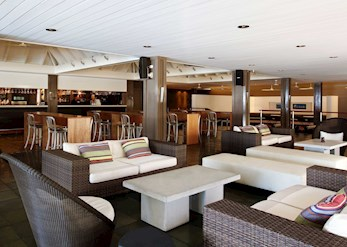 Verandah Bar on Hamilton Island
