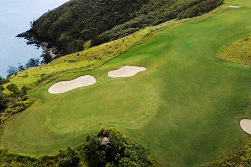 Hamilton Island's golf course - exotic destination for a golf holiday