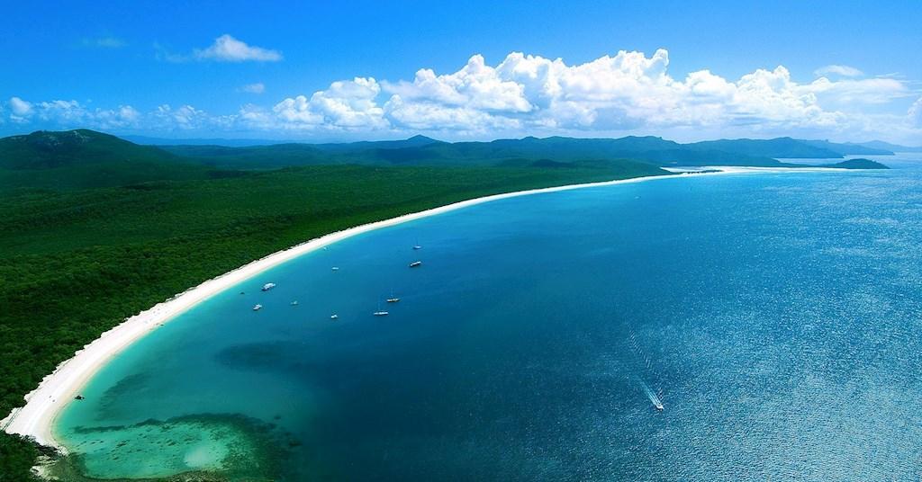 http://www.hamiltonisland.com.au/