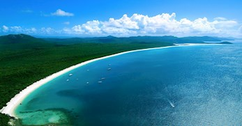 Gorgeous aerial shot of Whitehaven Beach in Queensland's Whitsundays Island