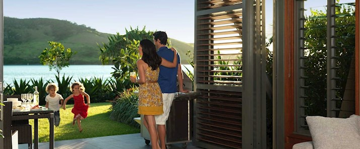 Luxurious family-friendly accommodation - Yacht Club Villas Hamilton Island