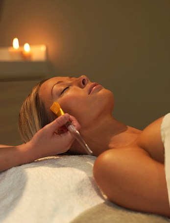 Relax at the spa with a facial - Hamilton Island spa wumurdaylin packages