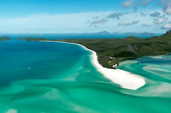 Take a full day flgiht over Whiteheaven Beach and Hill Inlet - Hamilton Island