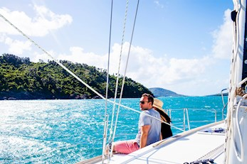 Discover the Great Barrier Reef on a yacht - Hamilton Island babymoon packages