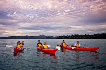 Discover the Whitsundays on a kayak - Holiday packages Hamilton Island