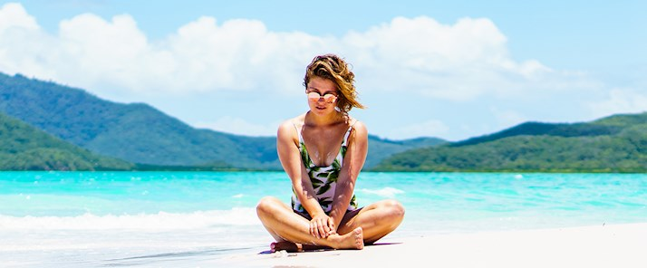 Carmen Huter whitehaven beach travel blogger