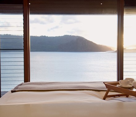 qualia, the ideal Queensland luxury resort draws guests wanting Queensland luxury accommodation and the best Whitsunday island accommodation holiday packages.