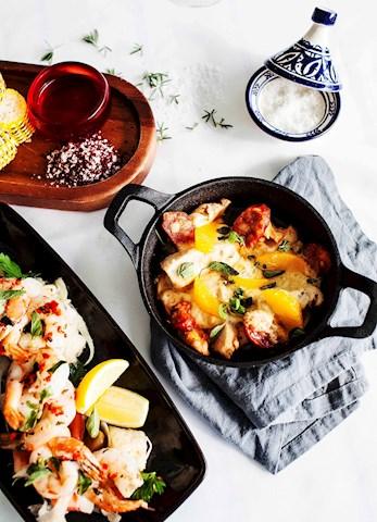 Enjoy some local seafood at the Manta Ray Restaurant - Hamilton Island hotels