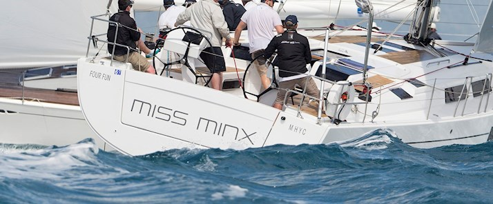 Watch Miss Minx perform at Audi Hamilton Island Race Week - Hamilton Island Australia