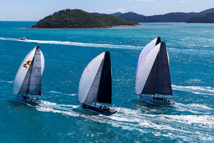 2016 Yachts sailing - Hamilton Island holiday packages