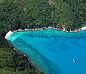 Explore Hamilton Island and the Great Barrier Reef by air - luxury holidays Hamilton Island