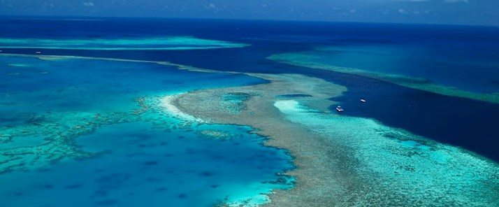 Luxury resort Hamilton Island - explore the Great Barrier Reef and the Whitsundays by air