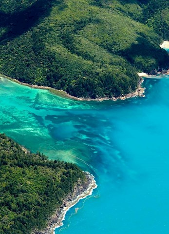 Explore the Whitsundays by air - Hamilton Island romantic getaway